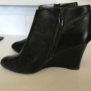 Adrienne Vittadini Meriel Wedge Boots - Size 8M